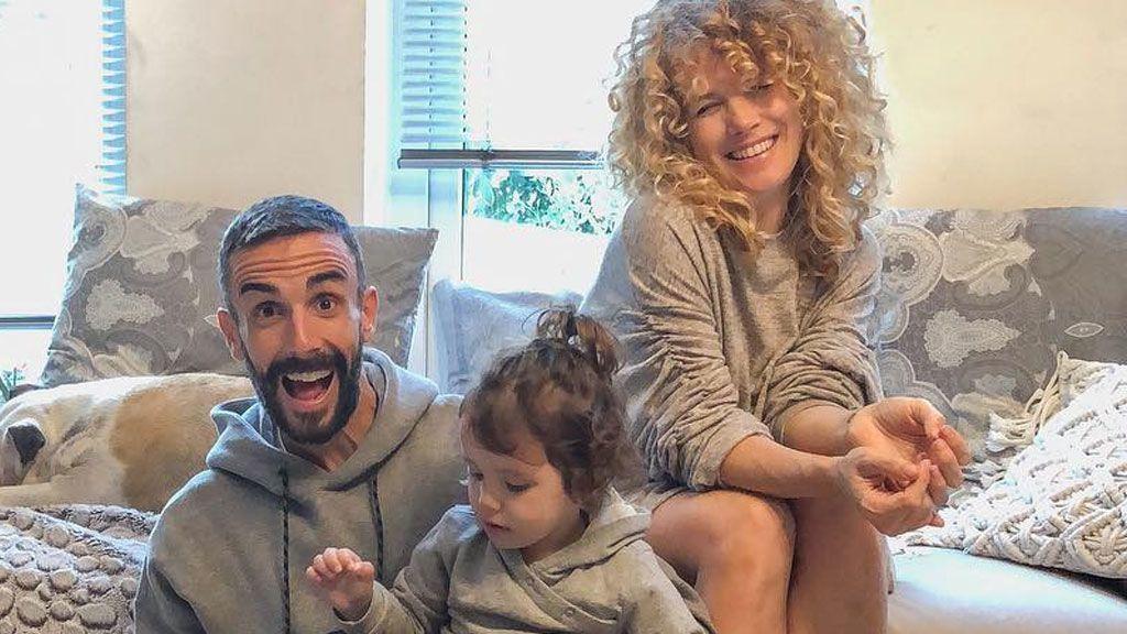 Juanma y Azahara 'GH' confiesan el sexo de su bebé tras siete meses de embarazo