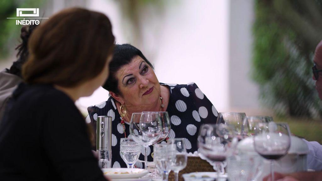 """El momento más divertido de la madre de Niña Pastori: """"No me tatúo a mi marido por si me divorcio"""""""
