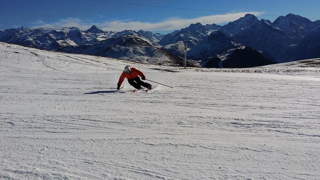 Escapada low cost a la nieve: Las 10 estaciones de esquí más baratas de Europa