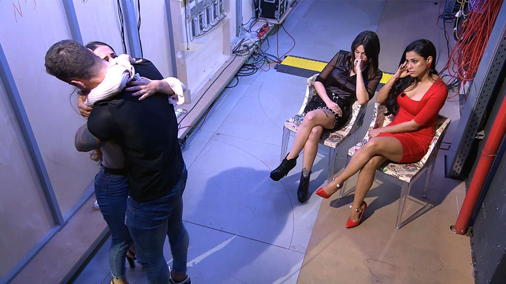 Así estaban las chicas de Álex tras su decisión: Rosalva, rota, Imi, infadada, y Lisy, comprensiva