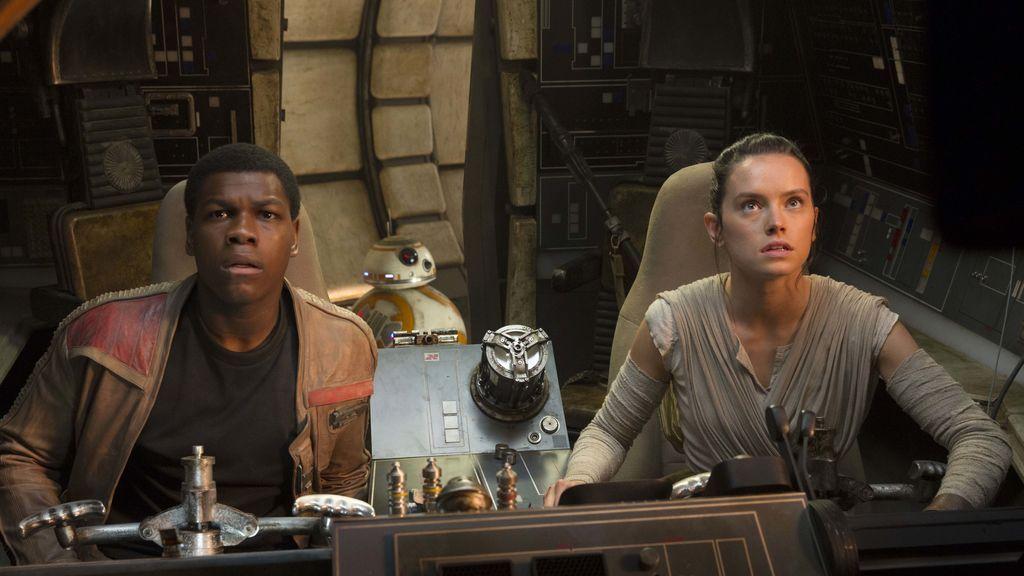Star Wars El Despertar de la Fuerza (2)