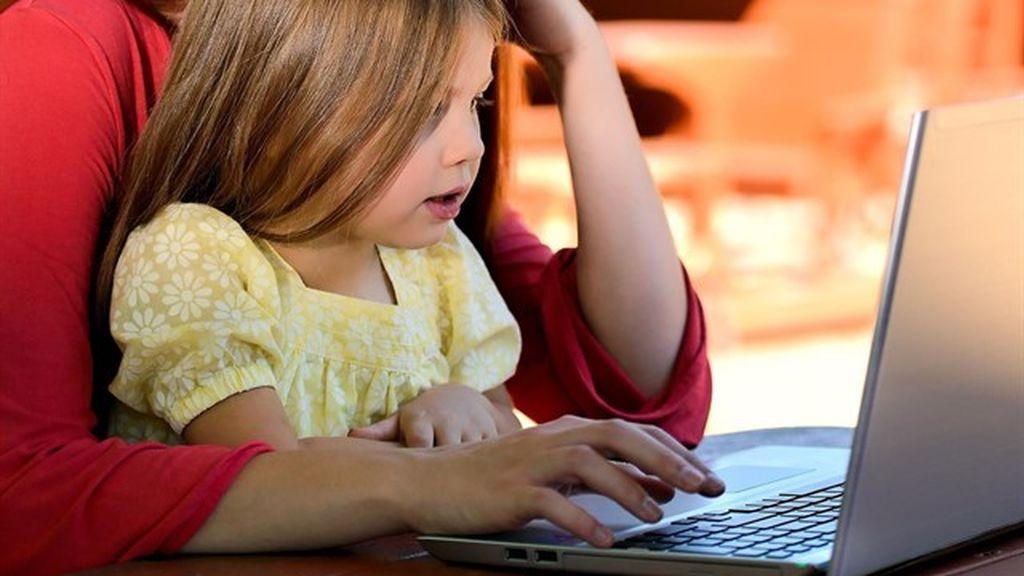 Google lanza una lista de consejos para utilizar la tecnología con los niños en Navidad