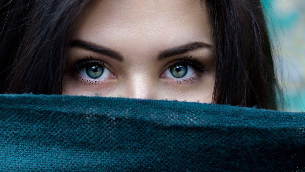 Qué dicen de ti tus pestañas: la duración de tu parpadeo revela información