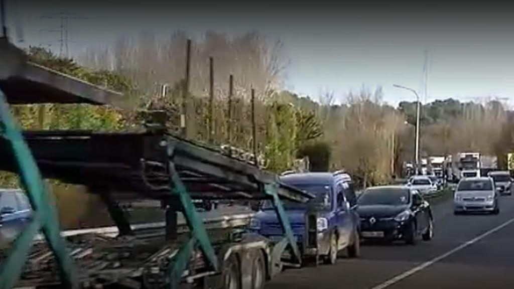Las imágenes del caos en las carreteras de Cataluña el 21D