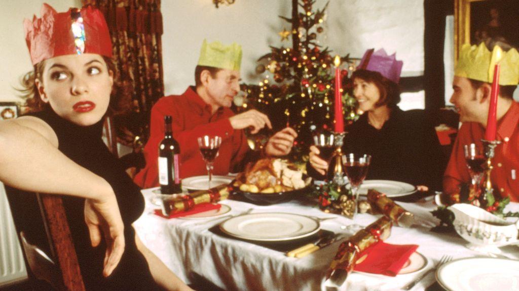 Alerta, tu cuñado: consejos de experta para no desesperar con tu familia en Nochebuena  ·