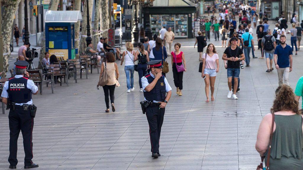 """EEUU alerta del riesgo de atentado terrorista en Las Ramblas: """"Extremad la precaución"""""""