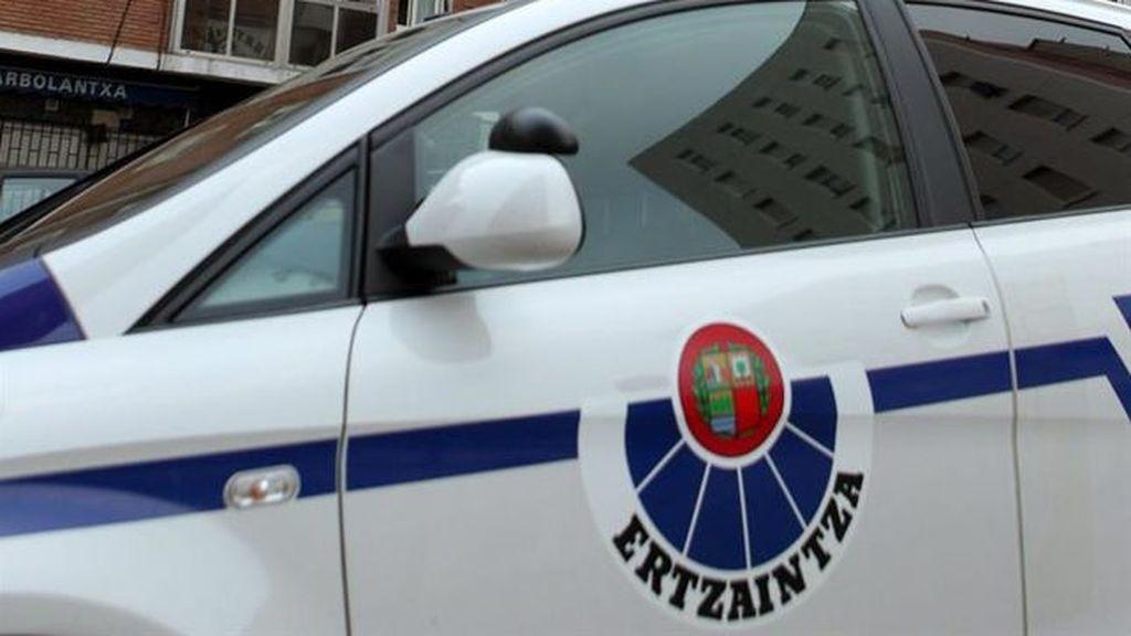 Arrestan a un hombre de 32 años que agredió a su mujer y se resistió a la Ertzaintza en Bilbao