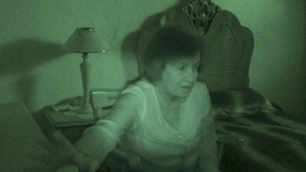 Algo pasa en la casa de Chari: comprobamos que hay una presencia que les visita a diario