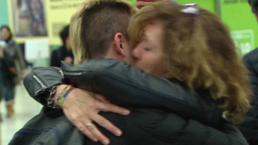 Vuelta a casa por Navidad: cuando un abrazo vale más que mil palabras