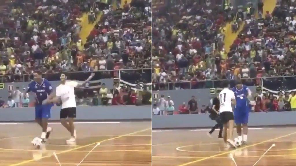 Un 'freestyler' reta a Ronaldinho y acaba humillado