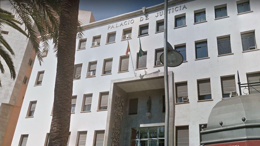 La Fiscalía de Almería pide 17 de prisión para un hombre acusado de inducir a su hija al suicidio