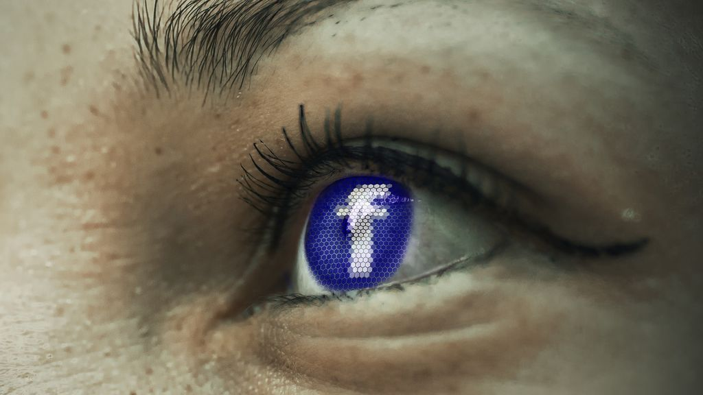 La policía advierte del robo de datos personales a través de ciertos test de Facebook
