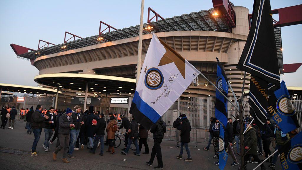 Muere un hincha del Inter de Milán horas después de ser atropellado en una pelea tras el partido ante el Nápoles