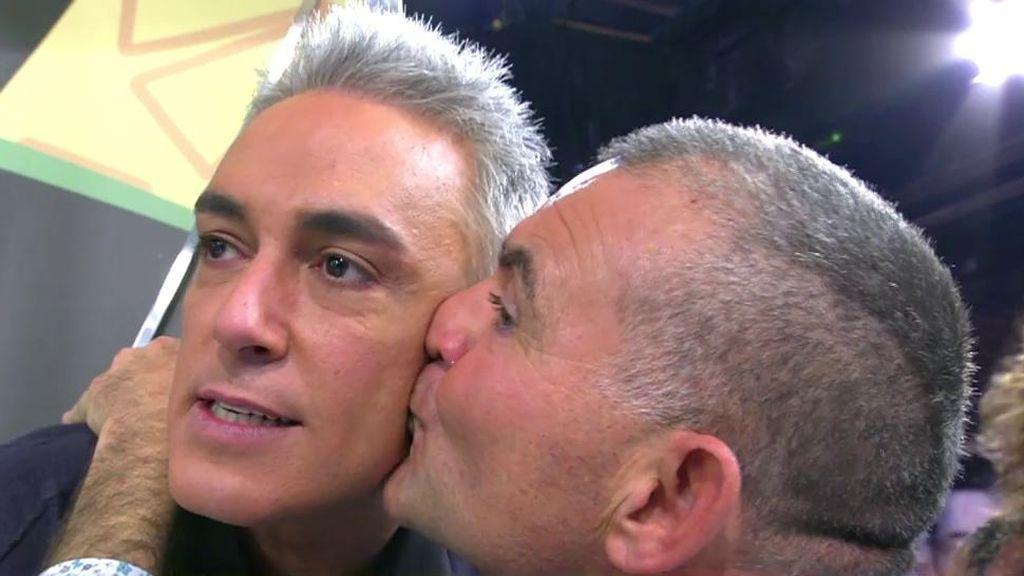 Kiko Hernández y El Koala hacen las paces en directo y se dan un beso de reconciliación