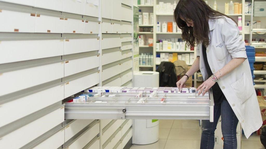 Ibuprofeno, y paracetamol, entre los 1.000 fármacos que bajarán el 1 de enero