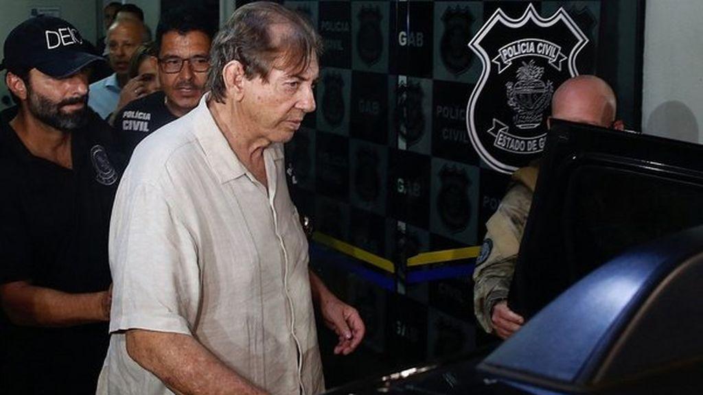 Acusan a un curandero brasileño de abusar sexualmente de más de 200 mujeres