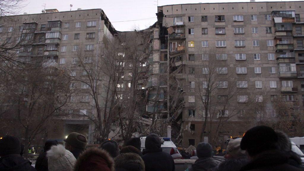 derrumbe de un bloque de pisos en Rusia