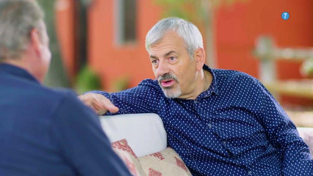 """Carlos Sobera se sincera con Bertín en 'Mi casa es la tuya': """"Antes me pedían dinero y que levantara la ceja, ahora que les busque novio o novia"""""""