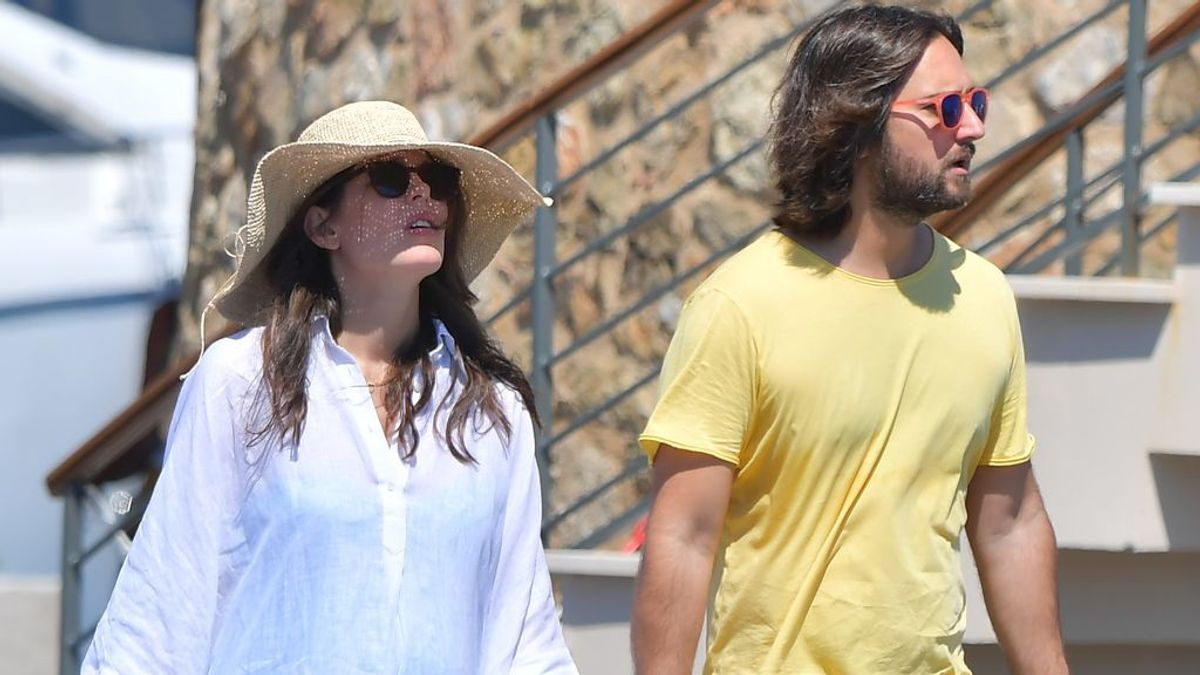 Carlota Casiraghi rompe con Dimitri Rassam a los dos meses de dar a luz