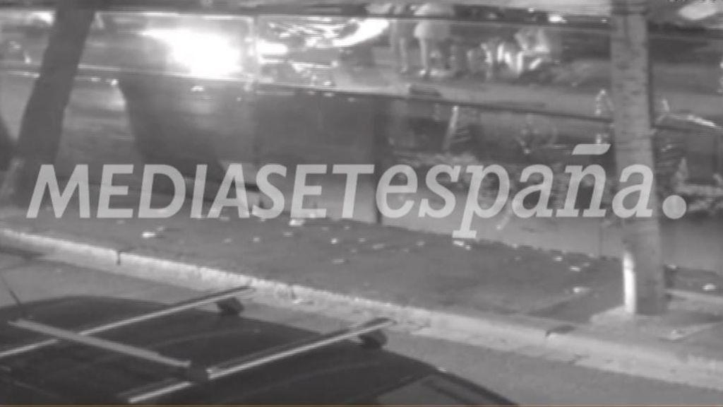Una cámara de seguridad grabó al conductor del atropello de Nochevieja en Barcelona