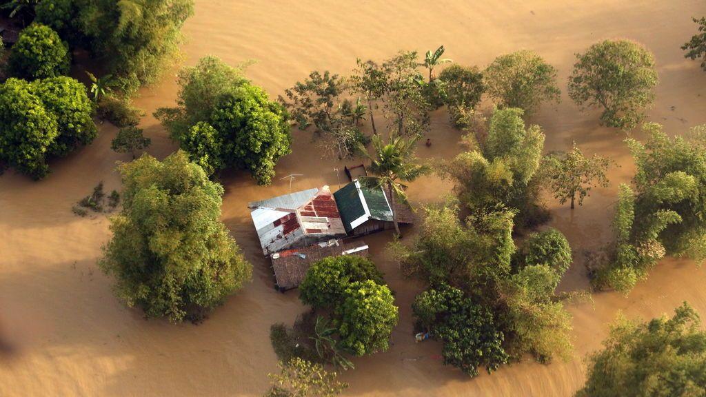 La tormenta tropical Usman deja 126 muertos a su paso por Filipinas