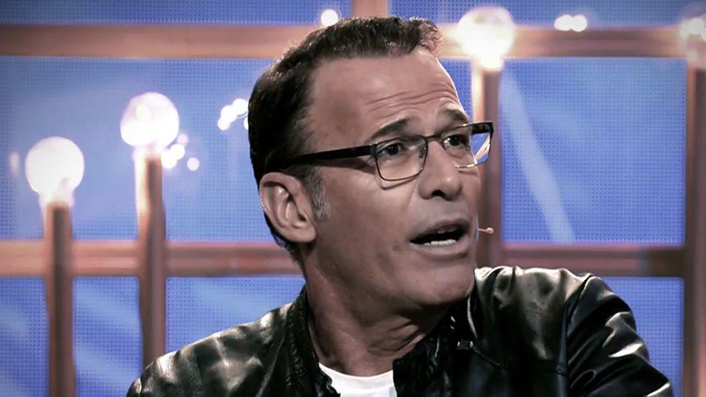 """Carlos Lozano pide disculpas tras su llamada a Sálvame: """"Lo único que quiero es olvidar"""""""