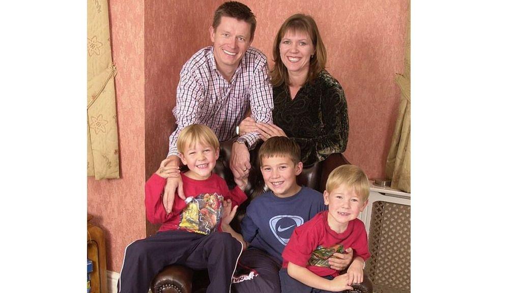 Un hombre se entera tras 20 años de matrimonio que era estéril de nacimiento y que sus tres hijos eran de otro