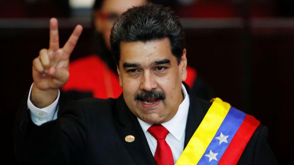 Maduro jura su cargo de presidente de Venezuela como un apestado internacional y solo rodeado por sus amigos