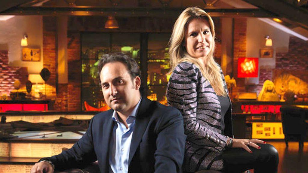 Iker Jiménez cumple 46 años y Carmen Porter le hace un regalo de lo más romántico