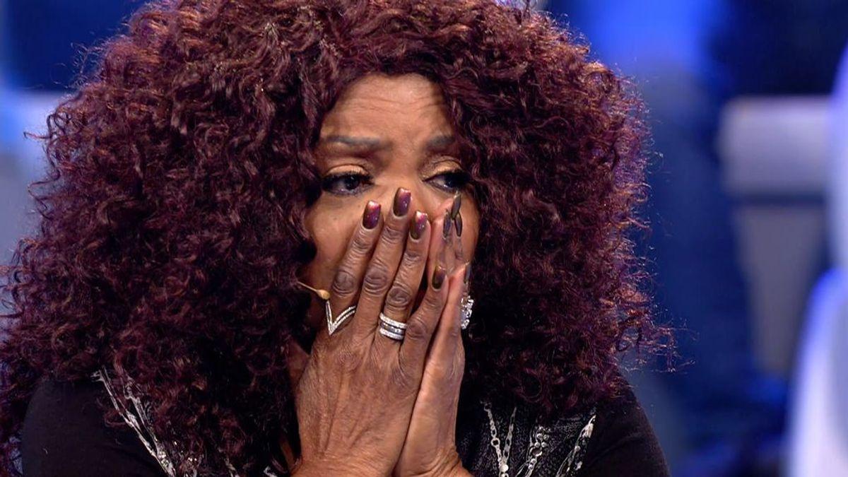 Gloria Gaynor se emociona al hablar de la muerte de sus hermanos y devuelve las ganas de cantar a una joven