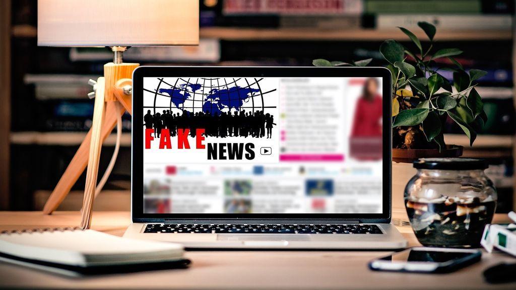 Los mayores de 65 años comparten hasita siete veces más de noticias falsas en Facebook