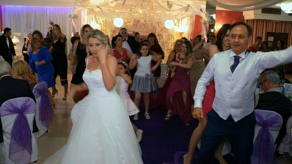 Esto es un baile nupcial y lo demás es tontería
