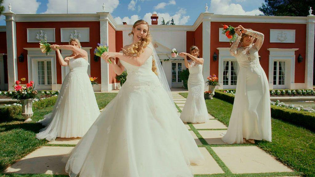 Magia, cine, teatro y muchas chupas de cuero en las bodas de 'Cuatro Weddings'