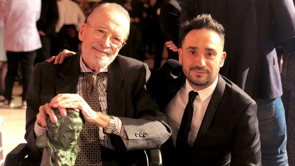 Chicho Ibáñez Serrador con Juan Antonio Bayona, en la fiesta de nominados de los Premios Goya 2019.