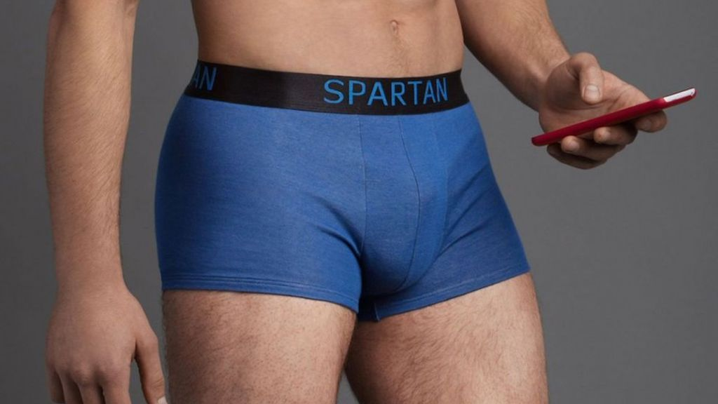 spartan-underwear-blocks-radiation-from-cellphone-975x762
