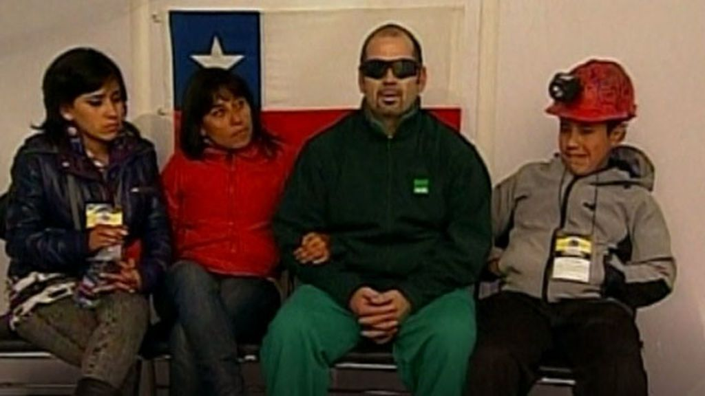 Uno de los mineros rescatados en Chile manda ánimos a la familia de Julen