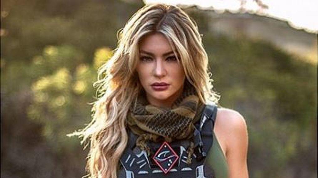 """Una exsargento militar y licenciada en Ciencias, nombrada como """"la marine más sexy del mundo"""" en redes"""