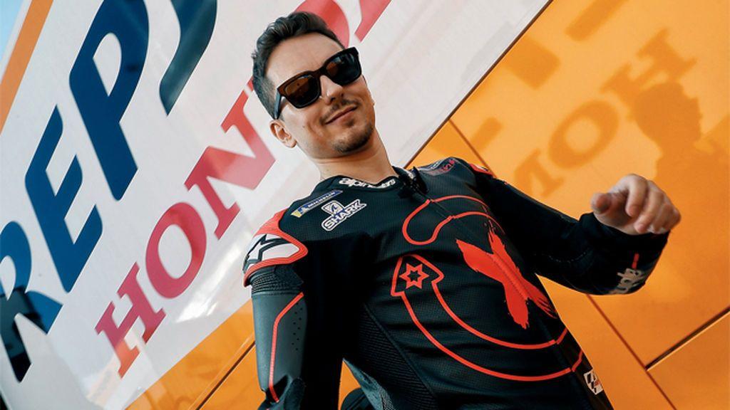 El espejo de Márquez que da esperanzas a Jorge Lorenzo tras fracturarse la muñeca a dos días de su presentación con el Repsol Honda