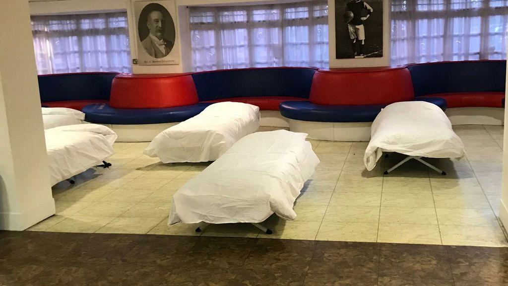 El Crystal Palace abre su estadio para acoger a gente sin hogar ante la ola de frío