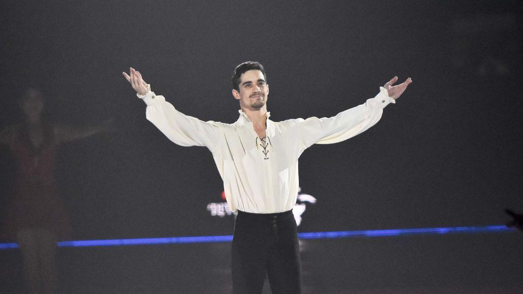 El mundo del patinaje rinde homenaje a Javier Fernández en un emotivo vídeo