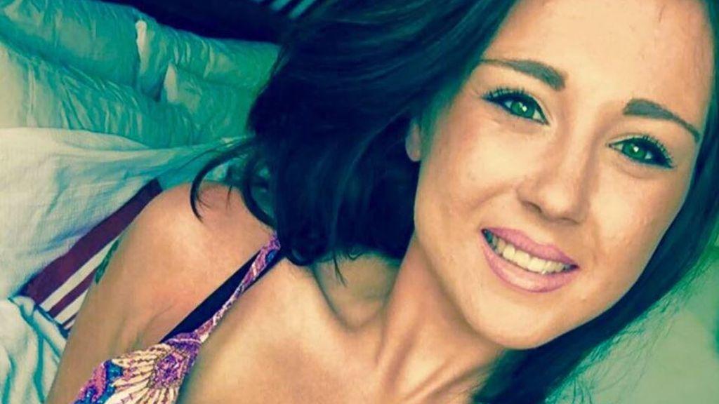 Su novio rompe con ella por Facebook en plena lucha contra el cáncer