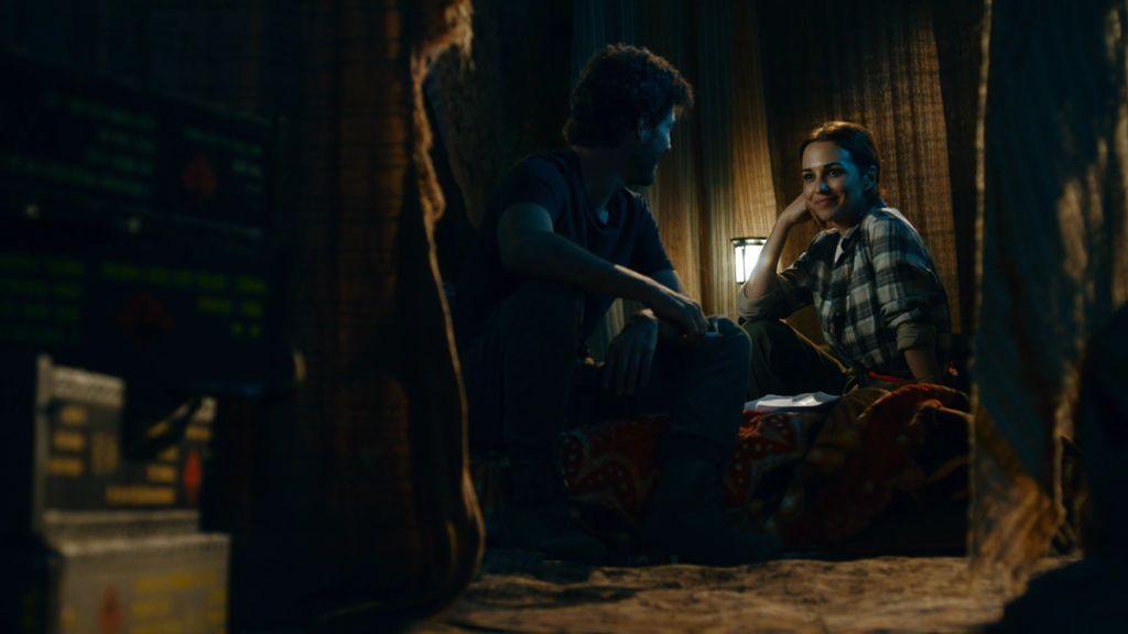 Martina consigue olvidar su pasado y se deja llevar en brazos de Carlos