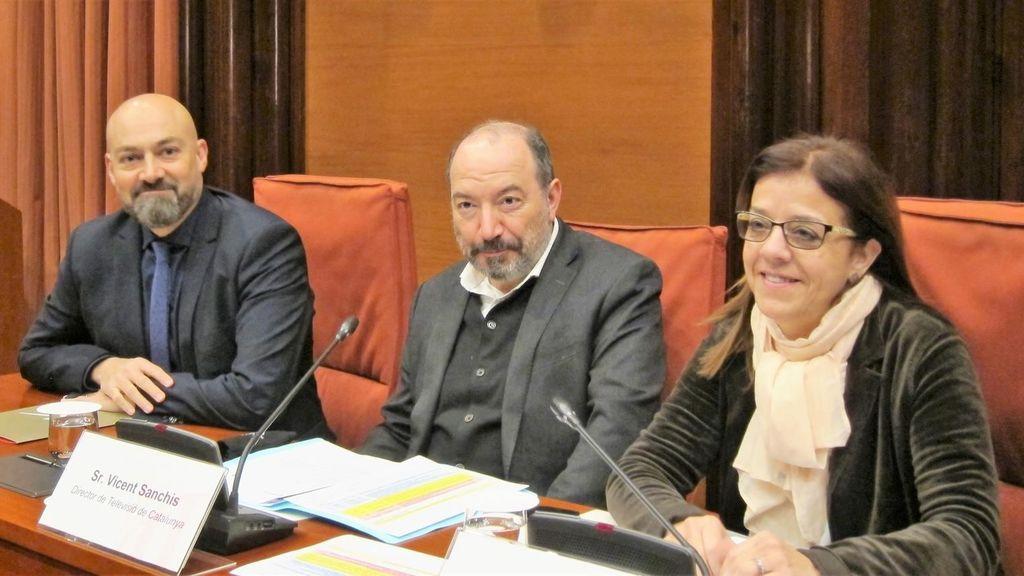 Saül Gordillo (presidente de Catalunya Ràdio), Vicent Sanchis (director de TV3) y Núria Llorach (presidenta en funciones de la CCMA), en la Comisión de Control de la CCMA, en el Parlament.