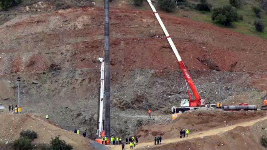 Últimas pruebas del encamisado del pozo antes del rescate de Julen