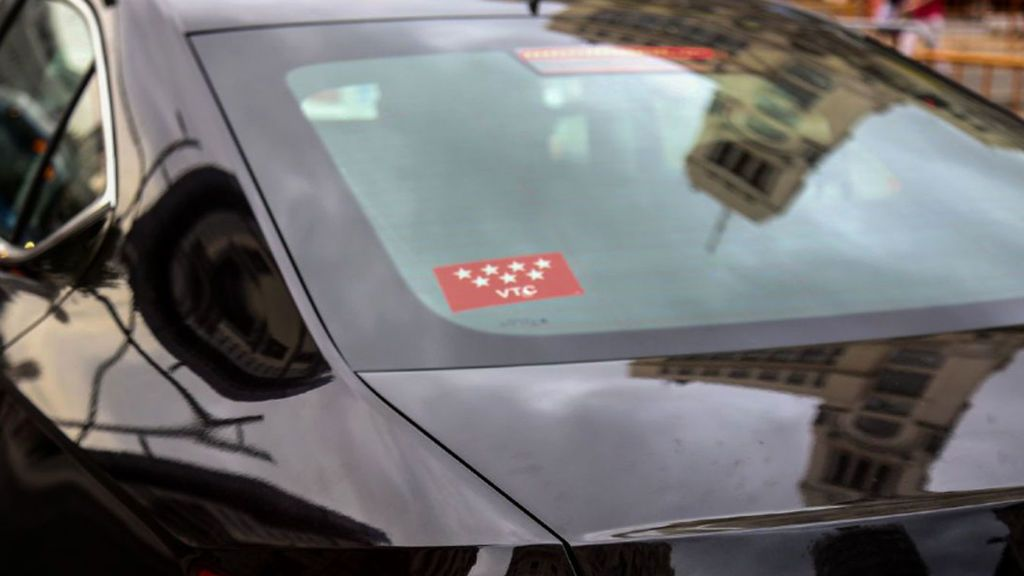 El presidente de Unauto VTC advierte a Torra de acciones penales por el acuerdo al que llegó con los taxistas
