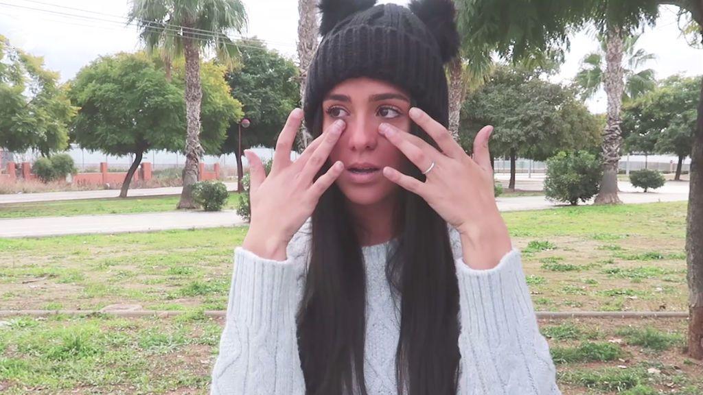 'Mine': el tatuaje que ayudó a Claudia a superar la depresión y  los malos tratos de su exnovio