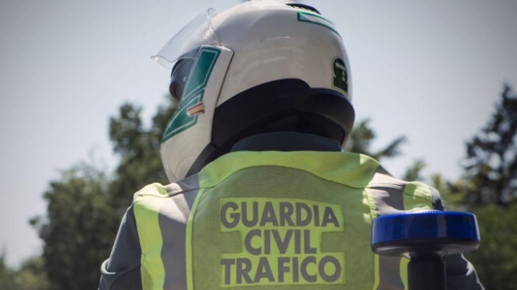 Muere un conductor que circulaba en sentido contrario tras chocar contra un camión en Córdoba