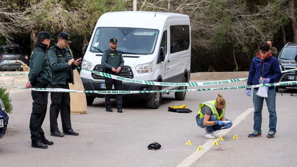 Una joven de 18 años mata a un hombre de 31 de una puñalada por un pinchazo de una rueda en Ibiza