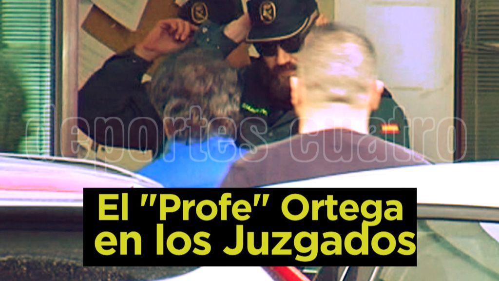 Imágenes Exclusivas de Deportes Cuatro: El Profe Ortega entra a los Juzgados acusado de un presunto delito de violencia de género