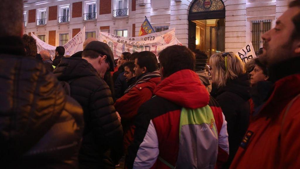 Los taxistas de Madrid se concentran en la Puerta del Sol con una propuesta bajo el brazo